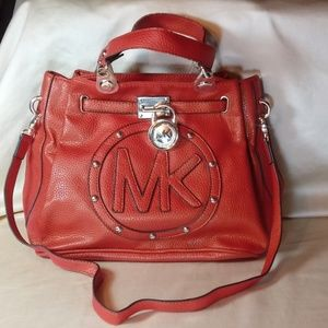 Beautiful Micheal Kors Bag